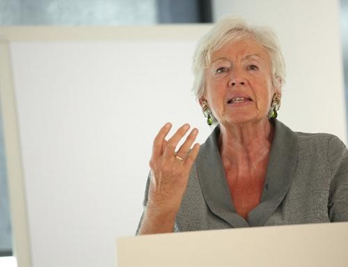 """""""Nur wer wählt, zählt!"""" – Renate Schmidt plädiert für ein Wahlrecht ab Geburt"""
